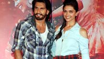 Ranveer, Deepika promote Goliyon Ki Raasleela Ram-leela at Infiniti Mall, Mumbai | Goliyon Ki Raasleela Ram-Leela