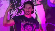Tiger Shroff Unveils Munna Michael Graffiti