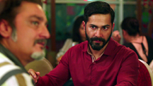 Varun Dhawan Encounters Vinay Pathak At His Hotel