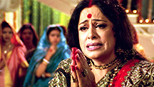 Paro's mother insulted by Devdas' mother