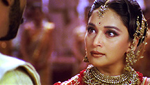 Chandramukhi slaps Kali Babu