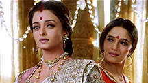 Chandramukhi-Paro's face-off