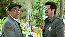 Paresh Rawal Pulls A 'Fast One' On Anil Kapoor