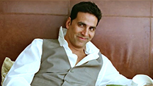 There's Something Naugty On Akshay's Mind!