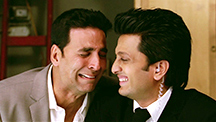 Akshay and Riteish Meet Fifi