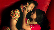 Vivek Oberoi proposes to Bipasha Basu