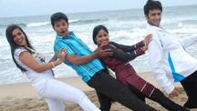 Watch Unakkaka en Kadhal full movie Online - Eros Now