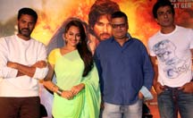 'Kaddu Katega' Song And 'R...Rajkumar' New Trailer Launch