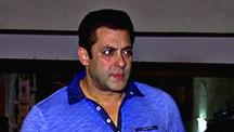 Salman hasn't seen SRK's Fan teaser