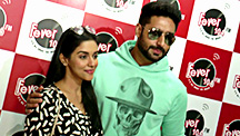 Abhishek and Asin avoid the Press at All Is Well Radio Promotions