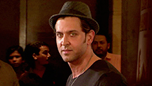 Hrithik Roshan Wishes Kunal Kapoor All The Best