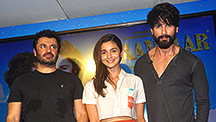 Alia and Shahid Launch The Next Song of Shaandaar at Midnight