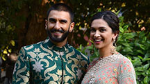 Ranveer is on his Knees for Deepika