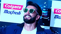Ranveer Singh Dances With The Fans