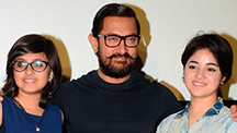 Aamir Khan Talks About His Haanikaarak Bapu!