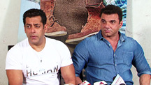 Salman Khan on hosting special screenings for Shahrukh Khan