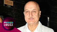 Anupam Kher marks his '500th' Film
