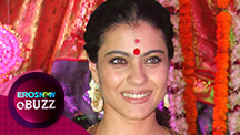 Kajol serves bhog to Durga devotees
